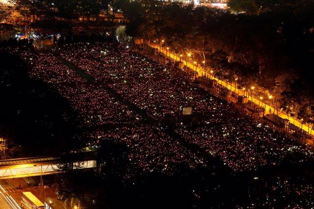 Vigilia en Hong Kong por el 28 aniversario de la masacre de Tiananmen