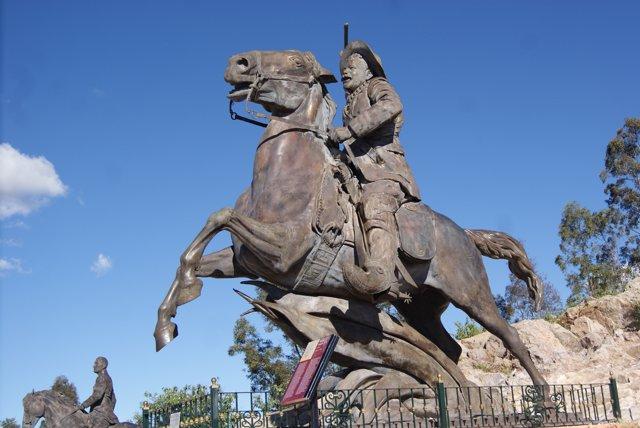 Estatua de Pancho Villa en México