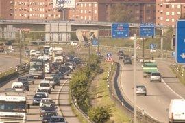 Dos heridos graves y 15 leves en los 30 accidentes registrados el fin de semana en Asturias