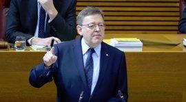 Puig responderá en las Corts a preguntas sobre plurilingüismo, vivienda digna, gestión forestal y sanidad pública