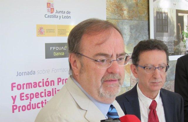 Fernando Rey junto a Mikel Navarro