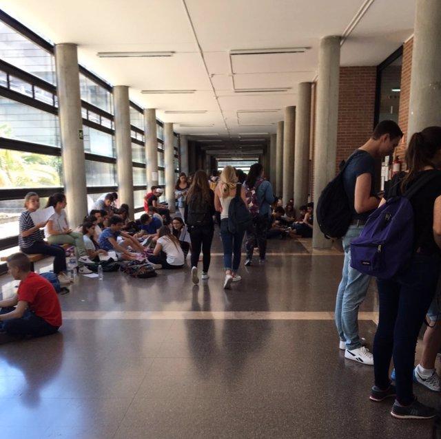 Alumnos valencianos en la Selectividad