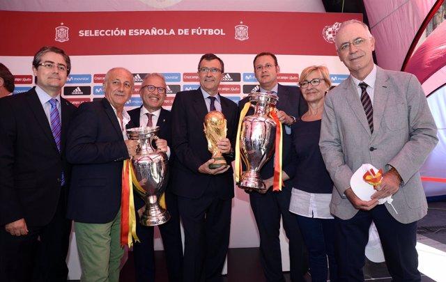 José Ballesta inaugura la 'Fan Zone' de la Selección Española