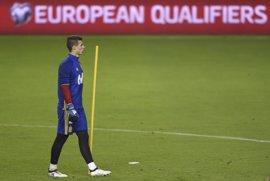 """Kepa Arrizabalaga: """"El ritmo de la absoluta nos servirá para los que vamos al Europeo Sub-21"""""""