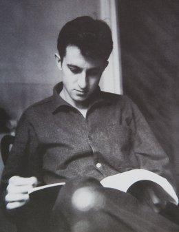 Juan Goytisolo Leyendo