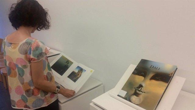 Exposición sobre Dalí