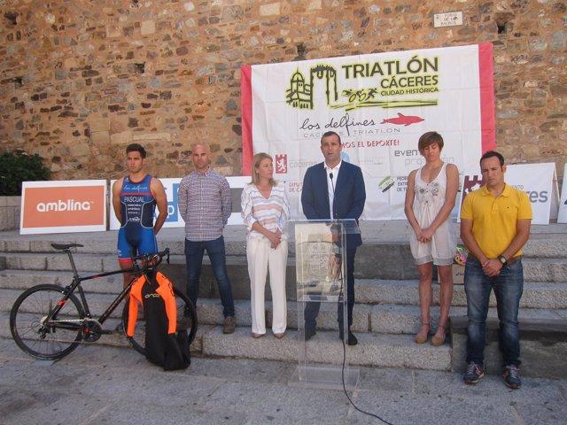 Presentación del IV Triatlón Cáceres Ciudad Histórica