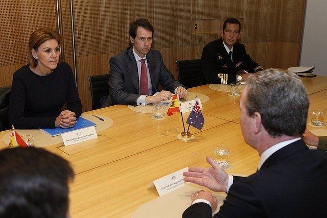 La ministra de Defensa, María Dolores de Cospedal, en su visita a Australia