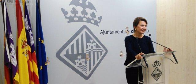 Margalida Durán en rueda de prensa
