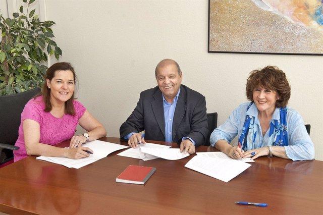 Gema Mañú, Badadi Mohamed-Moulud y María Rosario Pardo