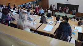 Textos de Manuel Vicent y Virgilio Ortega y las Vanguardias, cuestiones del primer examen de Lengua de la EvAU