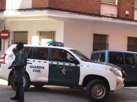 Un amplio dispositivo de la Guardia Civil en pleno centro de Talavera se salda con dos magrebíes detenidos