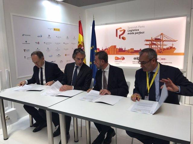 Np El Puerto De Sevilla, Adif Y Puertos Del Estado Firman Un Convenio Para La Ej