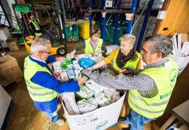 Las 37 oficinas de La Caixa en Valladolid recogerán leche para familias en riesgo de exclusión