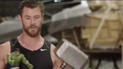 VÍDEO: Thor se monta su Infinity War de juguete