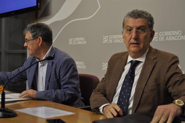 Los consejeros de Sanidad y Presidencia, Sebastián Celaya y Vicente Guillén.