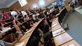 Miles de alumnos afrontan desde este miércoles la primera convocatoria de la nueva selectividad en Galicia