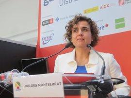 """Dolors Montserrat insta a """"seguir remando"""" en la misma dirección para que Barcelona acoja la EMA"""