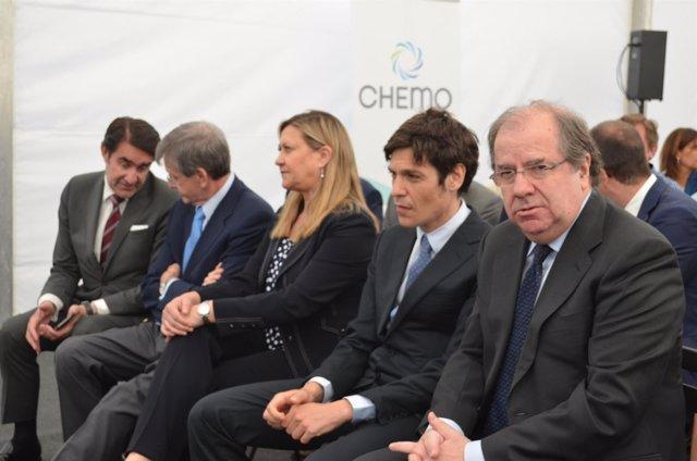 León: Herrera En La Inauguración De Chema