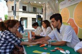 Arranca la campaña de prevención de cáncer de piel de la AECC y el Cofib en Baleares