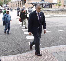 PSOE, Podemos y Ciudadanos se alían para arrancar la comisión sobre el PP citando a Bárcenas y posponiendo a Rajoy