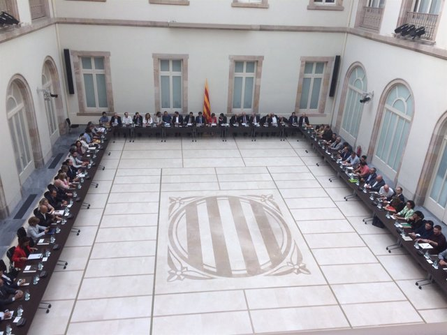Reunión del Pacte pel Referèndum en el Parlament