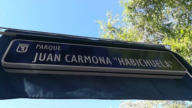 Placa del nuevo Parque Juan Carmona 'Habichuela'