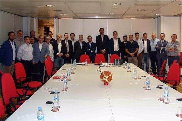 Reunión de clubes de la Liga LEB