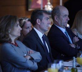 """Clavijo expone a Canarias como """"aliado idóneo"""" de empresas de EEUU en energías renovables"""
