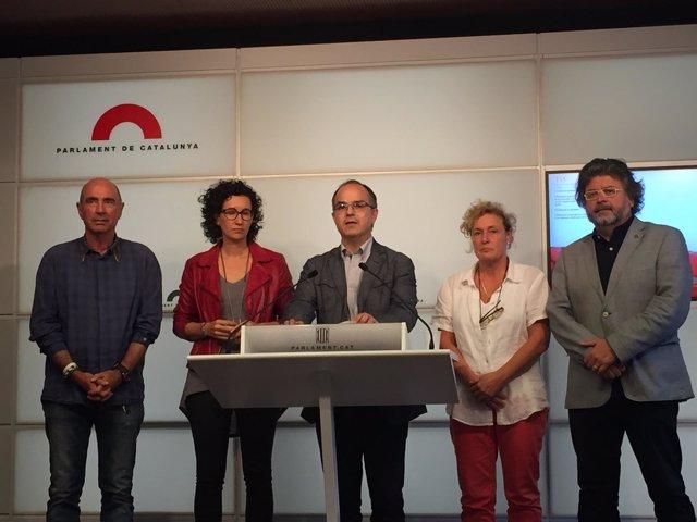 L.Llach, M.Rovira, J.Turull, M.Casamitjana, T.Castellà (JxSí)