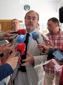 Rey, en su visita al Instituto Lucía Medrano de Salamanca.