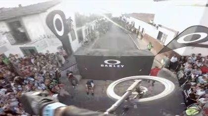 Ciclismo extremo: Rémy Métailler te lleva en su bici en la carrera urbana de Puerto Vallarta