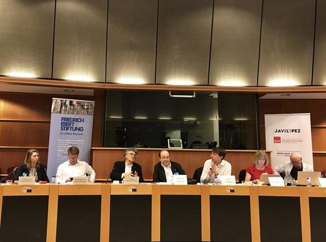 Miquel Iceta y Javi López (PSC) en el Parlamento Europeo