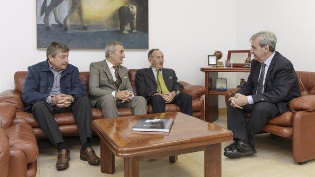 Reunión Gobierno de Cantabria-AEBINCA