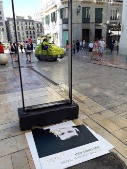 Cartel panel AECC rota exposición muestra Juntos