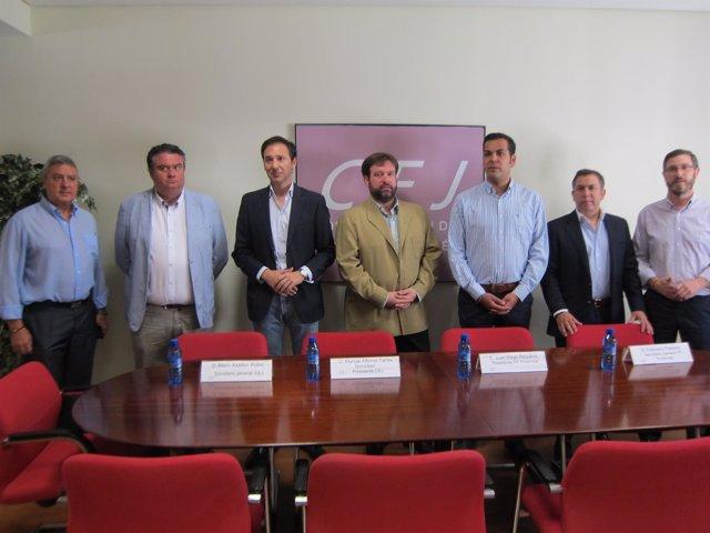 Reunión de Requena con los empresarios de Jaén