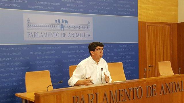 Juan Marín (Ciudadanos), en rueda de prensa en el Parlamento andaluz