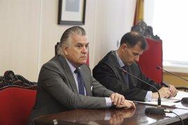 El Congreso cita a Bárcenas el día 26 y llamará a los demás tesoreros del PP en julio