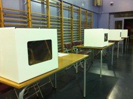 La Generalitat valida a dos empresas como futuras candidatas para fabricar urnas
