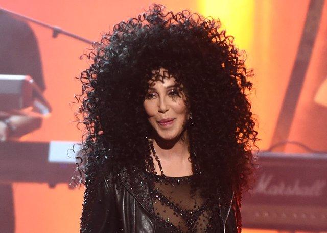 Cher/Cordon Press