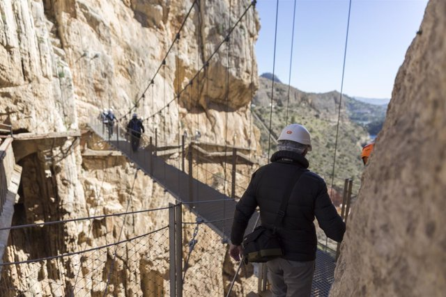 Caminito del Rey málaga paraje gaitanes desfiladero pasarela turismo turista
