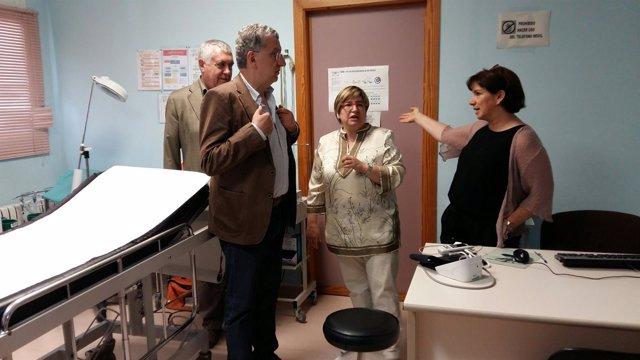 Celaya visita los centros de salud de Calaceite y Valderrobres (Teruel)