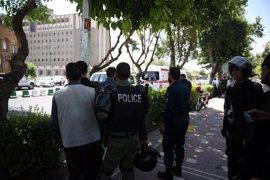 """La Guardia Revolucionaria acusa a Arabia Saudí del atentado en  Teherán y promete """"venganza"""""""