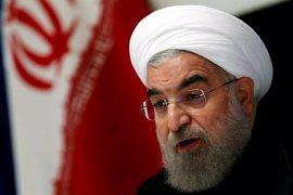Rohani dice que el atentado reforzará el compromiso de Irán de combatir el terrorismo