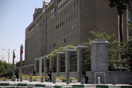 La Policía detiene a cinco personas supuestamente relacionadas con el doble atentado de Teherán