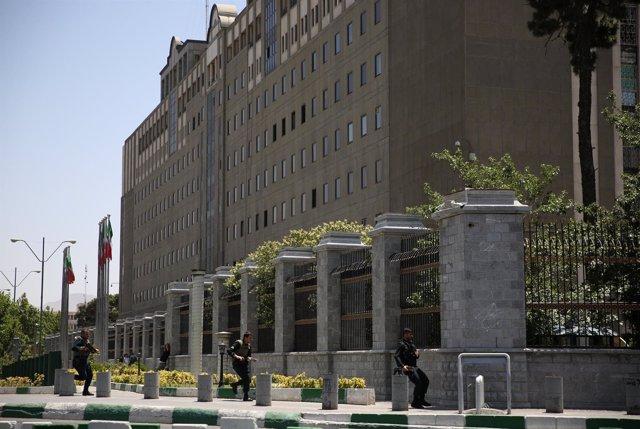 Ataque contra el Parlamento de Irán