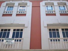 La compraventa de viviendas cae un 13,2% en abril en Galicia