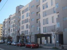 La compraventa de viviendas cae un 10,8% en abril con 5.970 operaciones