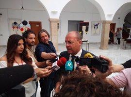 """Monago dice que Vara """"sabrá lo que tiene que hacer"""" sobre su """"responsabilidad in vigilando"""" tras la sentencia de Feval"""