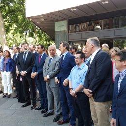 Rajoy preside un minuto de silencio por el atentado de Londres
